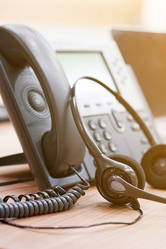 will-switching-to-a-voip-phone-system-save-my-business-money